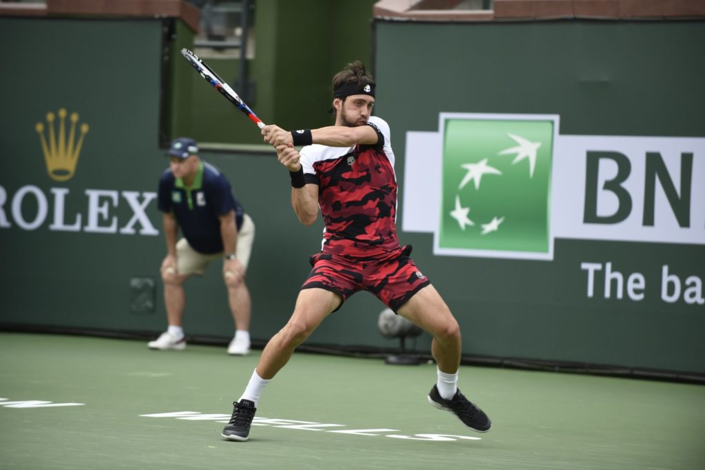 Nikolz Basailashvili i aksjon i Davis Cup. Foto: Shutterstock.ocm.