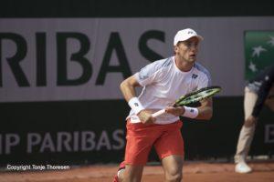 Casper Ruud i aksjon under Roland Garros 2019.