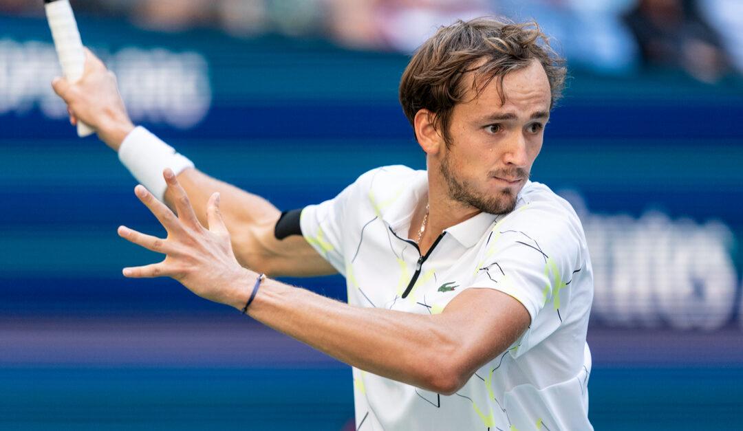 Overlegne Medvedev til finalen i Australian Open